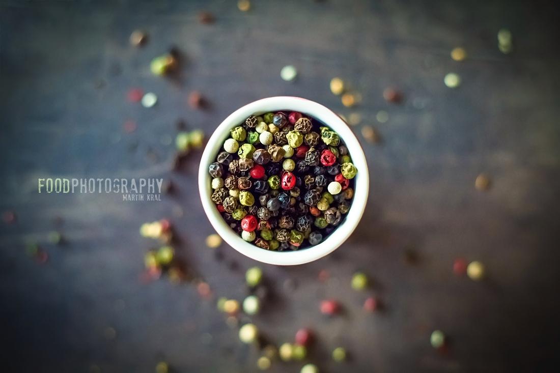 fotografie jídla - barevný pepř
